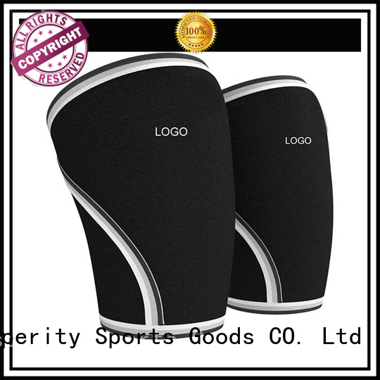 lumbar support in sport trainer belt for squats